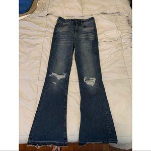 NWOT American Eagle High Wasted Flare Jean